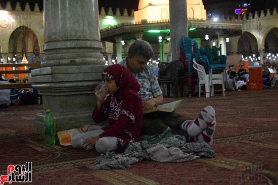 صلاة-التهجد-فى-مسجد-عمرو-بن-العاص-(19)