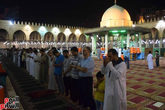 صلاة-التهجد-فى-مسجد-عمرو-بن-العاص-(12)