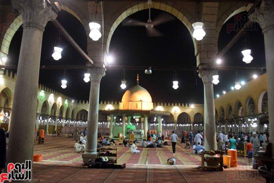 صلاة-التهجد-فى-مسجد-عمرو-بن-العاص-(21)