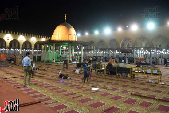 صلاة-التهجد-فى-مسجد-عمرو-بن-العاص-(15)