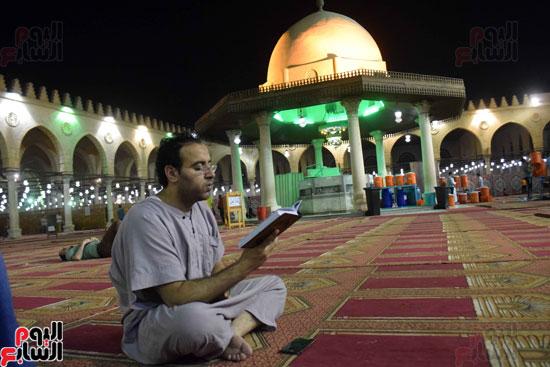 صلاة-التهجد-فى-مسجد-عمرو-بن-العاص-(18)