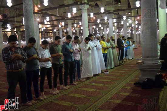 صلاة-التهجد-فى-مسجد-عمرو-بن-العاص-(3)