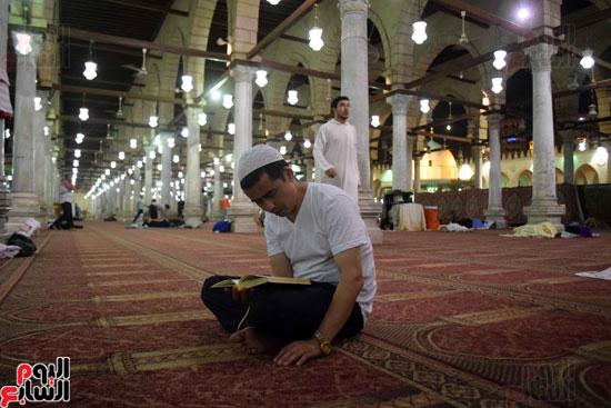 صلاة-التهجد-فى-مسجد-عمرو-بن-العاص-(10)