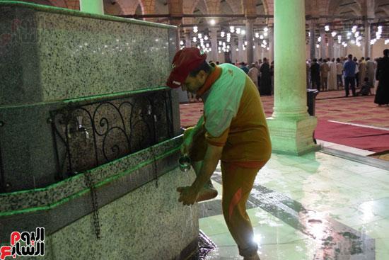 صلاة-التهجد-فى-مسجد-عمرو-بن-العاص-(14)