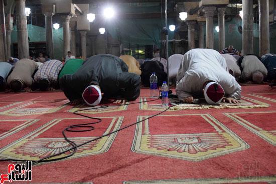 صلاة التراويح بجامع الازهر (17)