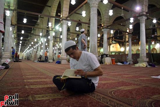 صلاة-التهجد-فى-مسجد-عمرو-بن-العاص-(11)
