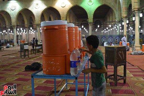 صلاة-التهجد-فى-مسجد-عمرو-بن-العاص-(1)
