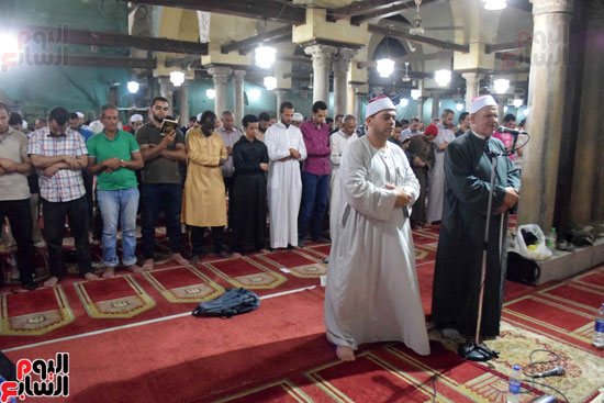 صلاة التراويح بجامع الازهر (9)