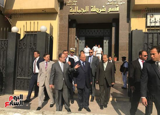 وزير الداخلية يتابع اجراءات تامين قسم الجمالية