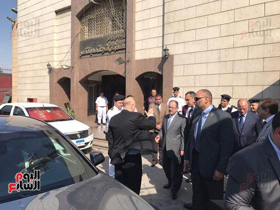 وزير الداخلية يزور قسم شرطة مدينة نصر لمتابعة كيفية العمل