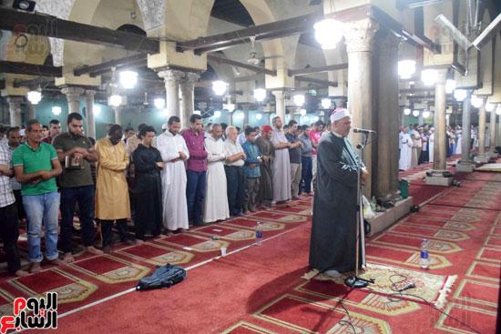 صلاة التراويح بجامع الازهر (4)