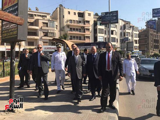 وزير الداخلية ومدير امن القاهرة يتابعون الحالة الامنية