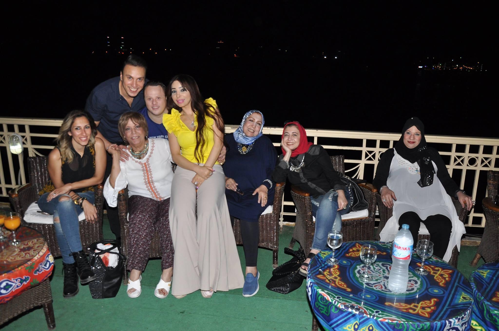 عيد ميلاد بطل العالم للسباحة مازن السماحى (3)