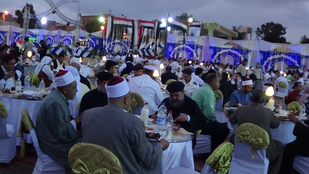 مديرية امن مطروح تنظم افطارا وليلة رمضانية (3)