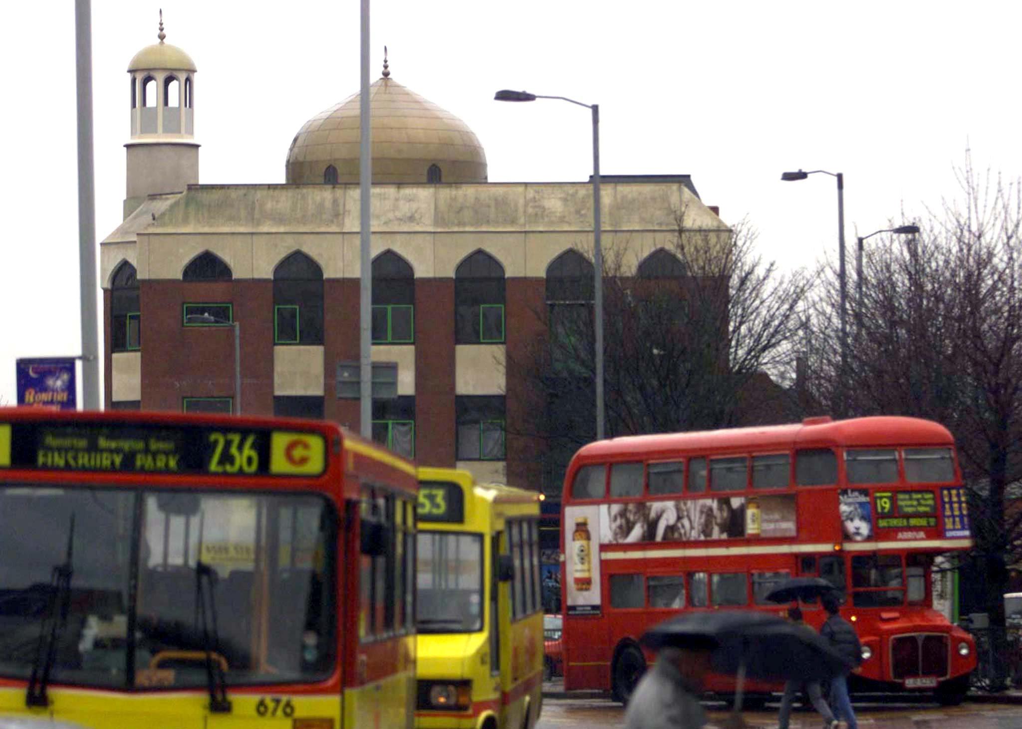 صورة للمسجد الذى شهد الحادث