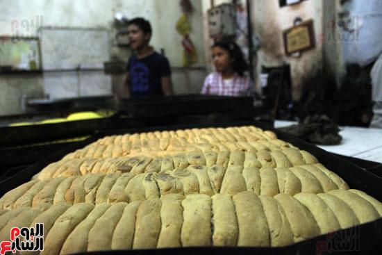 تسوية--كعك-العيد-في-الأفران-القديمة----تصوير-محمد-عوض--(16)