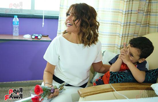 سميرة-سعيد-تزور-مستشفى-سرطان-الأطفال-(2)