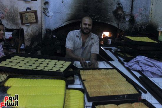 تسوية--كعك-العيد-في-الأفران-القديمة----تصوير-محمد-عوض--(8)