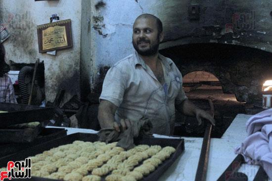 تسوية--كعك-العيد-في-الأفران-القديمة----تصوير-محمد-عوض--(24)