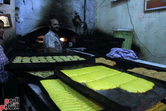 تسوية--كعك-العيد-في-الأفران-القديمة----تصوير-محمد-عوض--(11)