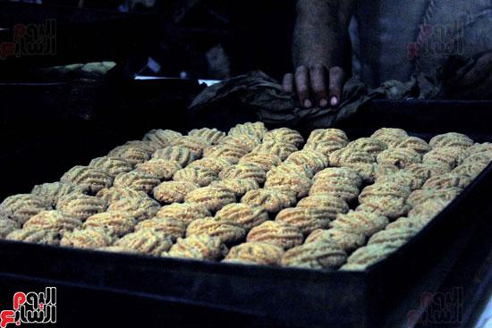تسوية--كعك-العيد-في-الأفران-القديمة----تصوير-محمد-عوض--(23)