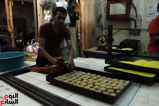 تسوية--كعك-العيد-في-الأفران-القديمة----تصوير-محمد-عوض--(18)