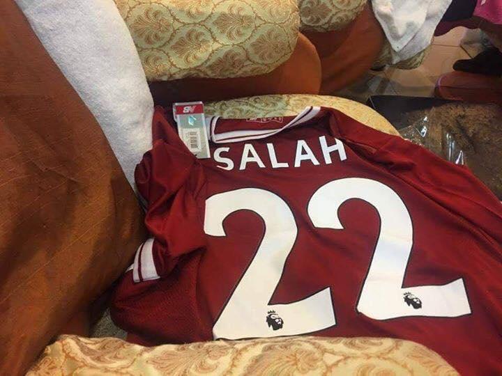 القميص المتدوال لمحمد صلاح مع ليفربول