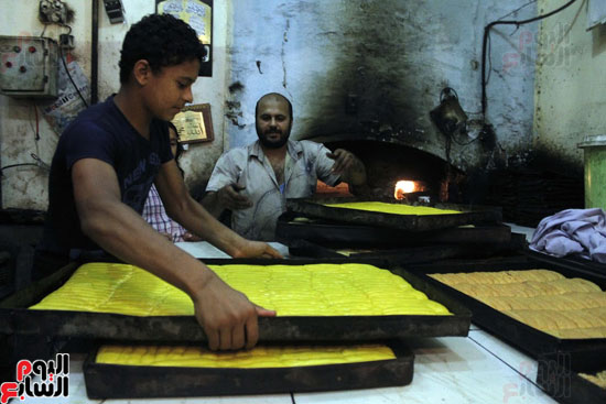 تسوية--كعك-العيد-في-الأفران-القديمة----تصوير-محمد-عوض--(3)