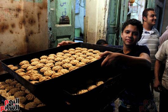 تسوية--كعك-العيد-في-الأفران-القديمة----تصوير-محمد-عوض--(7)