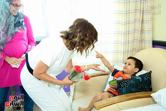 سميرة-سعيد-تزور-مستشفى-سرطان-الأطفال-(8)
