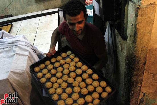 تسوية--كعك-العيد-في-الأفران-القديمة----تصوير-محمد-عوض--(4)