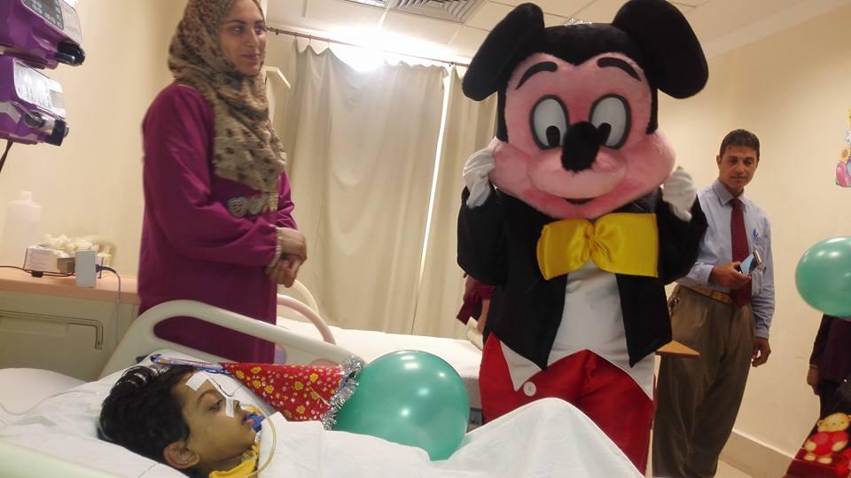 حفل ترفيهى للاطفال من مرضى الكبد بمعهد الكبد القومى بالمنوفية (3)