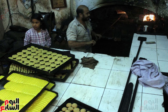 تسوية--كعك-العيد-في-الأفران-القديمة----تصوير-محمد-عوض--(20)