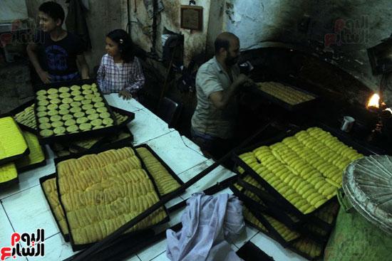تسوية--كعك-العيد-في-الأفران-القديمة----تصوير-محمد-عوض--(14)