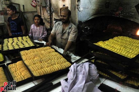 تسوية--كعك-العيد-في-الأفران-القديمة----تصوير-محمد-عوض--(13)