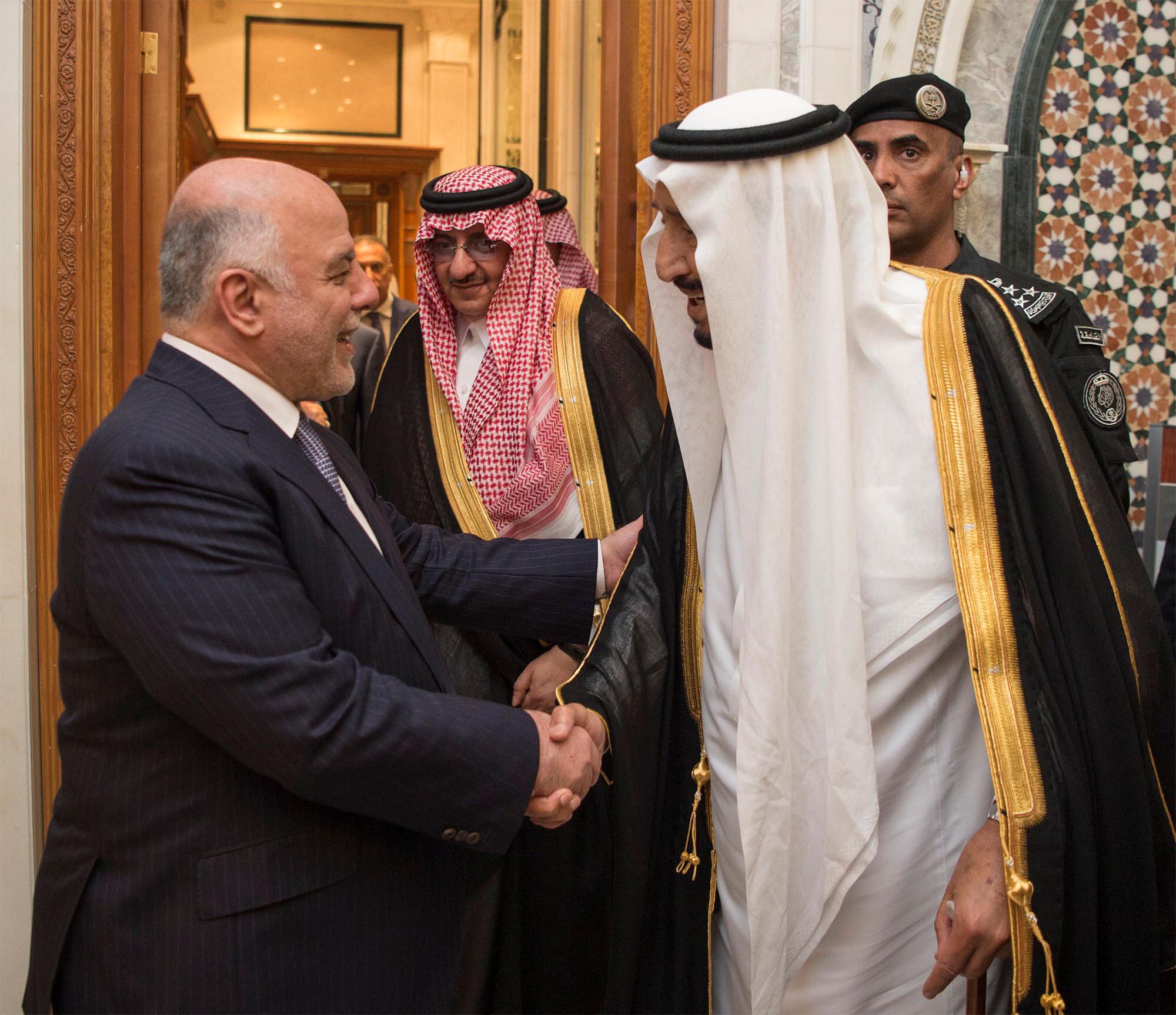 العاهل السعودى يستقبل رئيس وزراء العراق