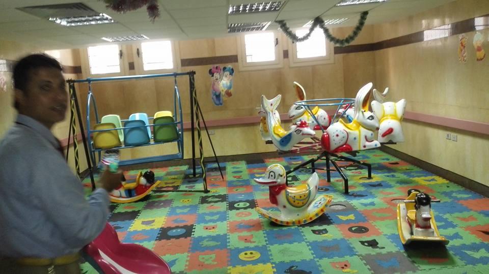 حفل ترفيهى للاطفال من مرضى الكبد بمعهد الكبد القومى بالمنوفية (6)