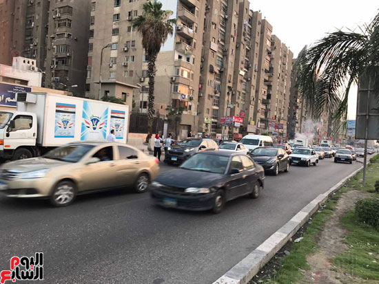 الداخلية توزع وجبات مجانية على الصائمين بمحيط مطار القاهرة  (4)
