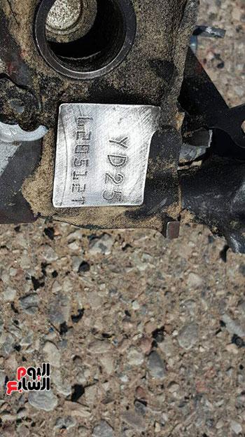 صور للسيارة المفخخة بعد تفجيرها من قبل قوات كمين العريش (3)