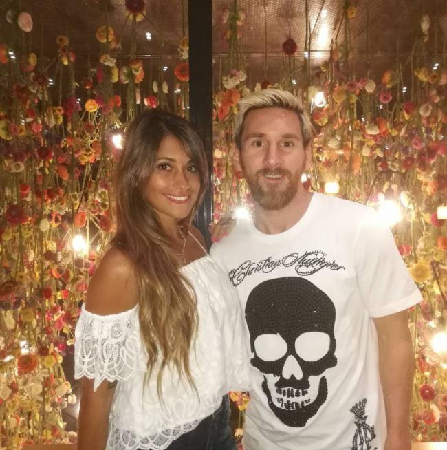 ليونيل ميسي وصديقته أنطونيلا