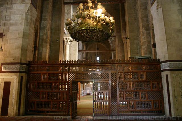 صورة لمسجد الرفاعى من الداخل
