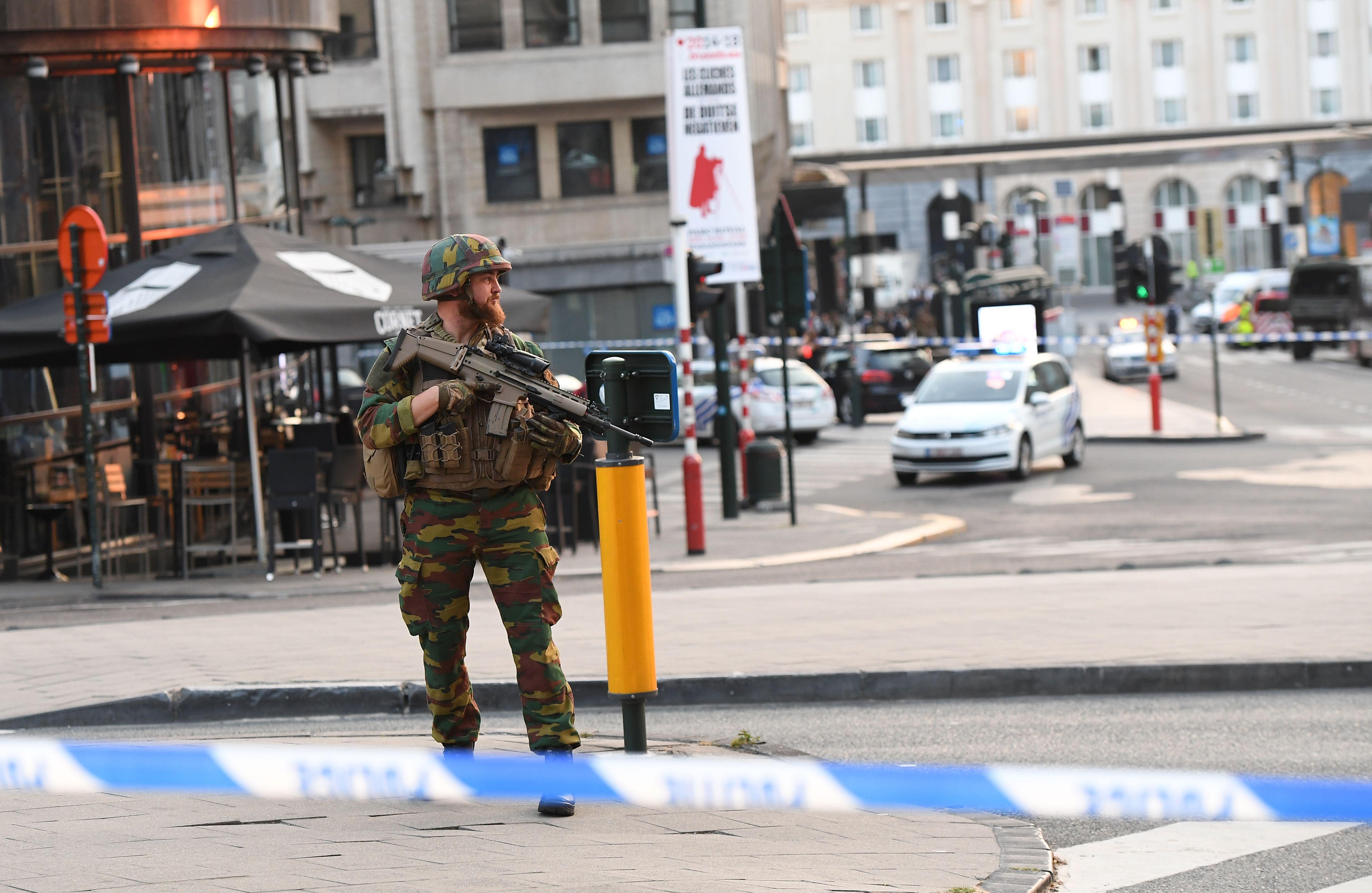 تفجيرات وإطلاق نار ببروكسل