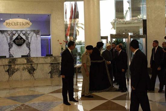 إفطار الرئيس السيسى بحفل الأسرة المصرية (2)