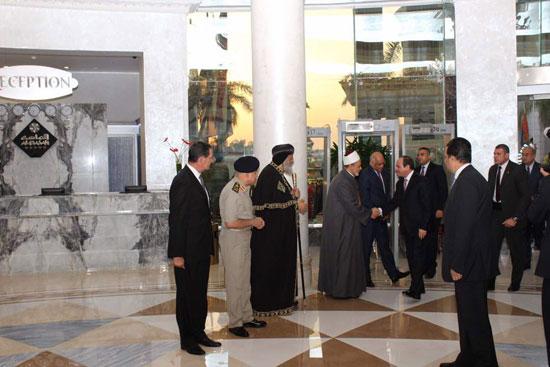إفطار الرئيس السيسى بحفل الأسرة المصرية (3)