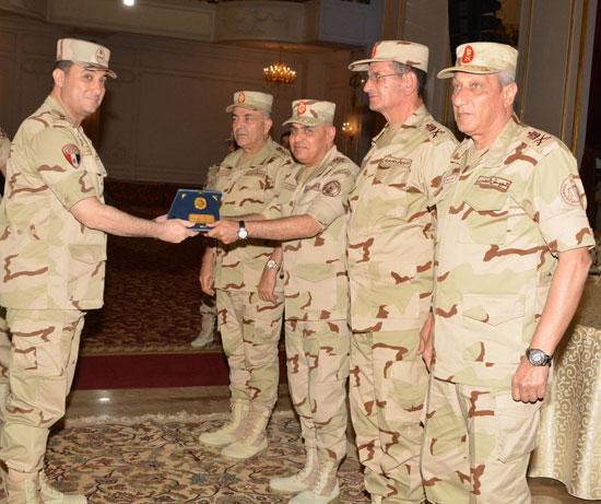 الفريق أول صدقي صبحي وزير الدفاع والانتاج الحربي (3)