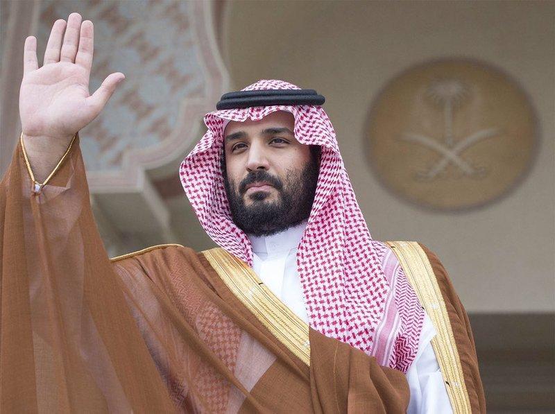 بالصور محمد بن سلمان قيادة شابة جديدة فى تاريخ المملكة العربية السعودية ولى العهد الجديد يعشق التحدى والنجاح قدم استراتيجية عسكرية ورؤية اقتصادية جديدة وقاد تحالف إسلامى لمواجهة الإرهاب فى المنطقة