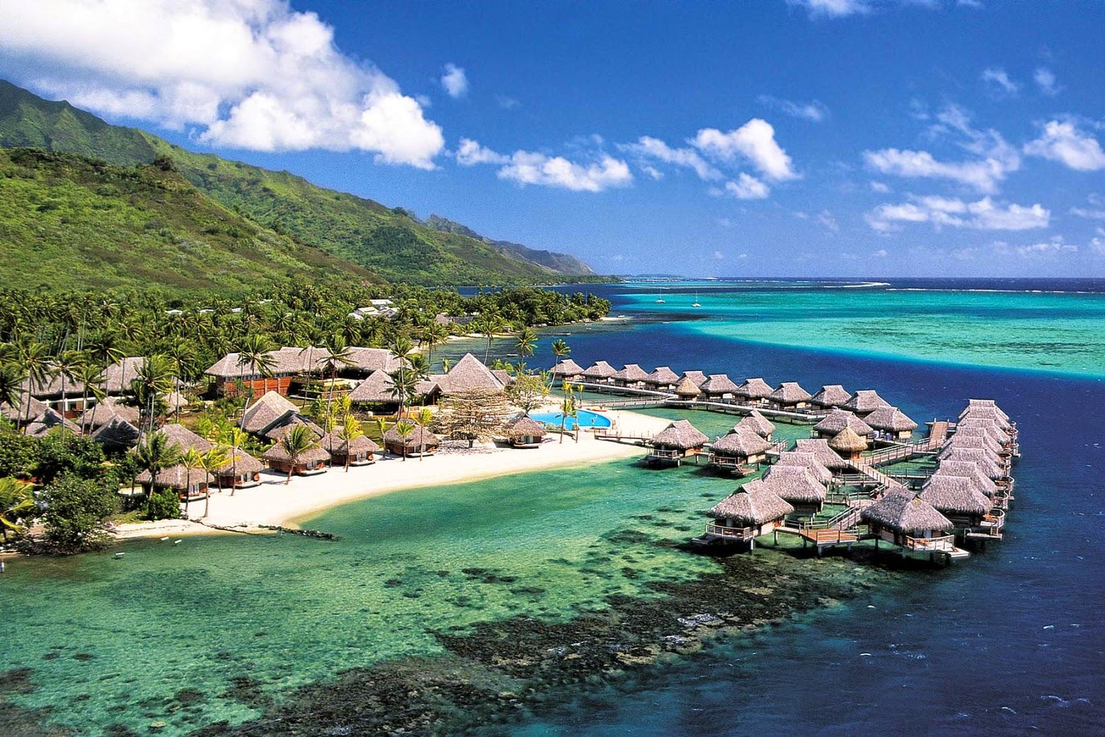 أحد شواطئ جزيرة لومبوك