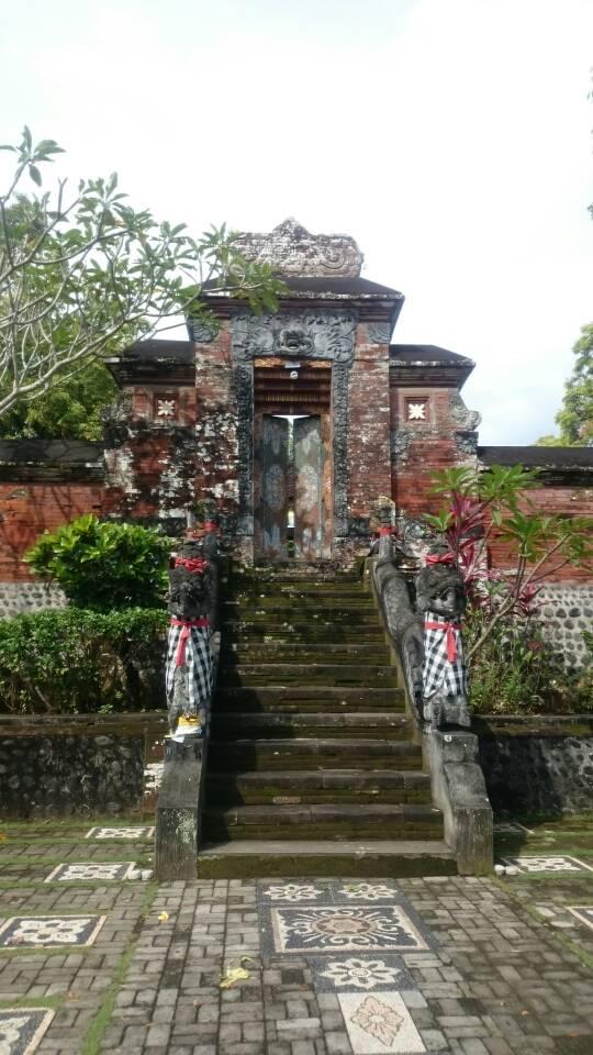 أحد المعابد الهندوسية