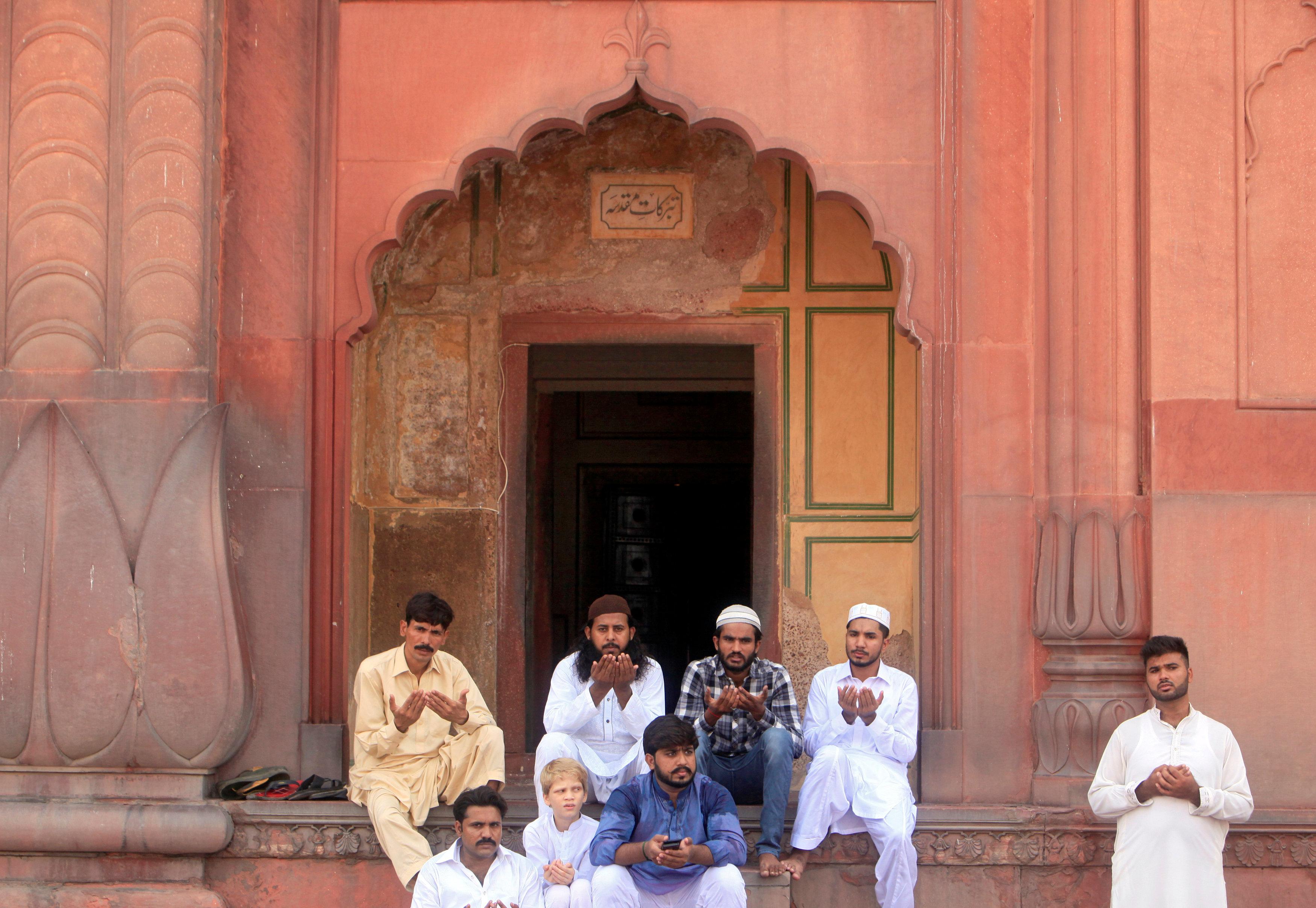 المساجد فى باكستان