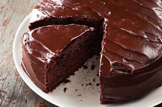 Chocolate Fudge Cake Recipe Jamie Oliver: كفاية حلويات شرقى..طريقة بسيطة لعمل كيكة الشوكولاتة